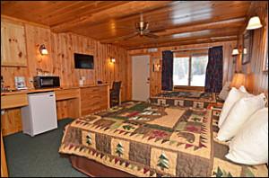 Grand Pines Motel