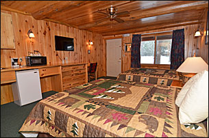 grand-pines-motel-room-48