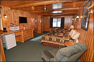 grand-pines-motel-room-50